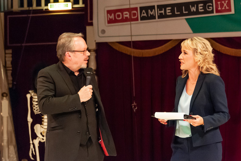 """""""Mord am Hellweg 2018"""" Sabine Ziemke und Bestsellerautor Craig Russel, Foto © gk-Medienproduktion (Gerhild Krauß)"""